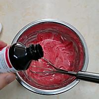 #美食新势力#草莓戚风无花果蛋糕的做法图解7