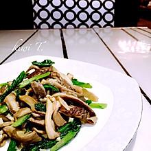 蘑菇炒油麦菜