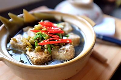 臭豆腐筒骨海带汤
