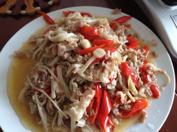 酸椒肥牛金针菇的做法