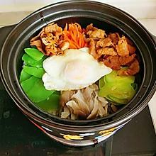 韩式牛肉石锅拌饭