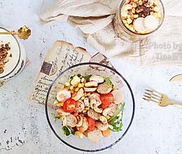 鸡胸肉肠蔬菜沙拉的做法