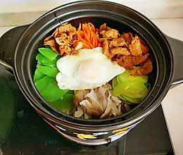 韩式牛肉石锅拌饭的做法