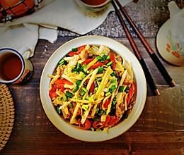 #合理膳食 营养健康进家庭#家常菜~肉片炒笋丝的做法