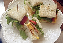 上班族必备:黑胡椒鸡肉三明治+火腿三明治的做法