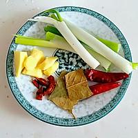 胡萝卜三肉锅#宴客拿手菜#的做法图解2