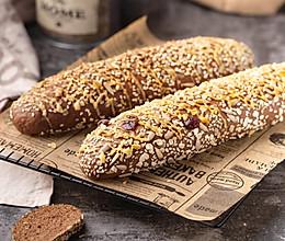 为了身材考虑,来款黑全麦杂粮面包~~~的做法