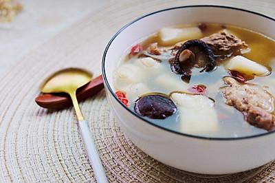淮山香菇排骨汤,营养又美味。