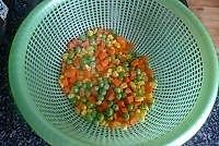 豌豆玉米炒肉丁的做法图解3