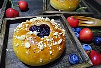 蓝莓爆浆面包的做法