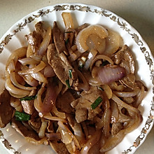 洋葱炒猪肝