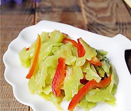 消脂排毒:苦瓜甜椒的做法