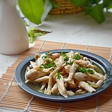 #秋天怎么吃#简单又嫩滑的鸡肉丁,厨房小白也能亲手做出来!