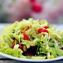 轻脂瘦身的蔬菜沙拉