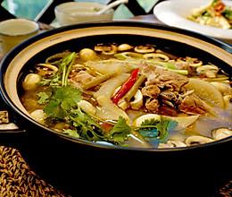 酸萝卜口蘑排骨汤的做法