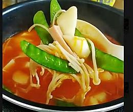 #鲜到鲜得,月满中秋,沉鱼落宴#秋季,最温暖的番茄火锅的做法