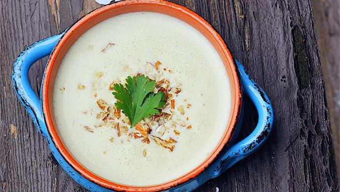春季里的好味道芝士土豆浓汤