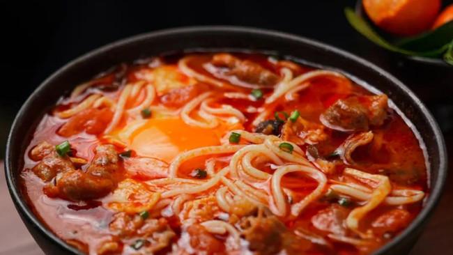 番茄肥牛螺蛳粉的做法