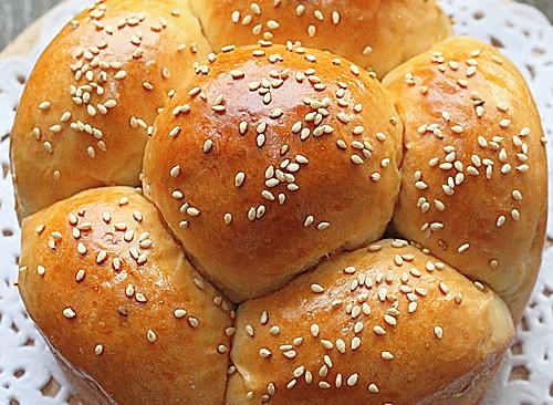 记录我迷恋的面包---『花冠面包』的做法