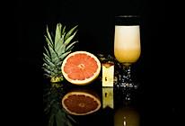 瘦身排毒的西柚菠萝苹果汁的做法