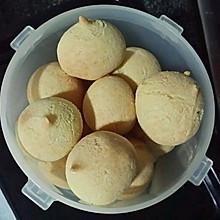 用糯米粉就可以做的咸芝士麻糬球