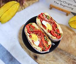 吃辣患者必挑战火爆体验:双椒香辣牛肉三明治 #肉食者联盟#的做法