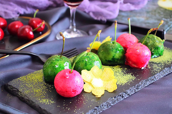 #新年开运菜,好事自然来#芋泥鹅肝樱桃的做法