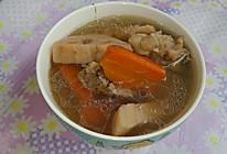 猪骨胡萝卜莲藕汤的做法