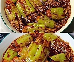减脂菜❗️酱香浓郁~超级好吃的青椒金针菇的做法