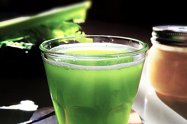 【消脂清热翠汁饮】#豆果魔兽季邪能饮料#