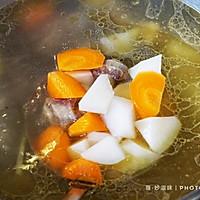 秋燥,喝一碗萝卜牛尾汤润一润!的做法图解10