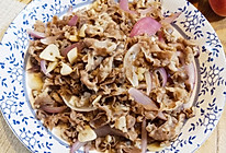 洋葱炒肥牛卷的做法