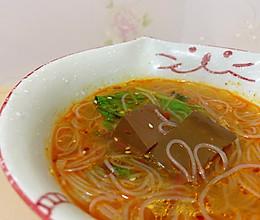#憋在家里吃什么#鸭血粉丝汤的做法