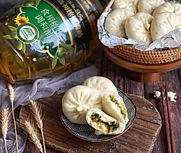 #新春美味菜肴#韭菜粉条素包子的做法