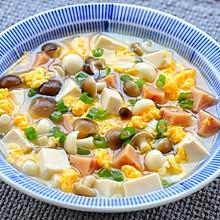 鲜美菌菇汤