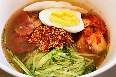 冰爽酸甜的韩国冷面 这么做简单够味儿