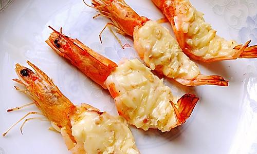 蒜蓉芝士焗虾的做法