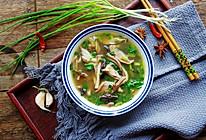 #精品菜谱挑战赛#酸辣肚丝汤的做法