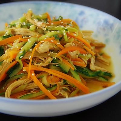 凉拌鸡丝(夏季清爽开胃减肥食谱3)