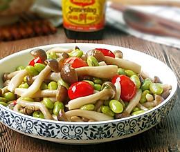 蟹味菇炒毛豆 #美极鲜味汁#的做法