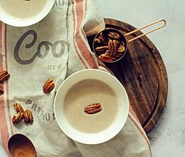 碧根果养生黄豆浆的做法