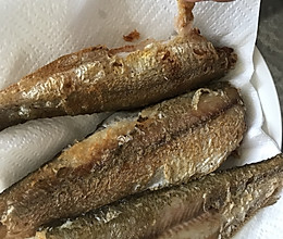 香煎小酥鱼(孕妇零食)的做法
