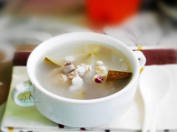 冬瓜薏米排骨汤的做法