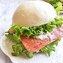 #轻饮蔓生活#简单好吃的午餐肉荷包蛋中式汉堡