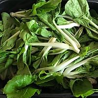 #快手又营养,我家的冬日必备菜品# 猪油渣炒小白菜的做法图解3