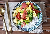 #换着花样吃早餐# 黄瓜鸡蛋盖饭的做法