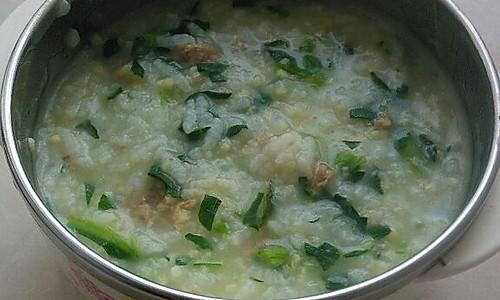 宝宝辅食——肉末青菜二米粥的做法