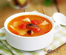 香菇番茄萝卜汤的做法