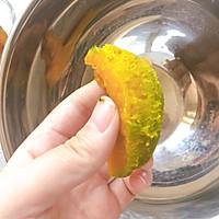 #洗手作羹汤# 顺滑奶香南瓜挞的做法图解4