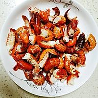 红烧龙虾尾的做法图解1